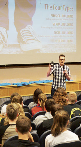 Photo by Michael Erb Guest speaker Tom Thelen visited Blennerhassett Middle School Wednesday as part of a two-day anti-bullying campaign in Wood County middle schools. The event was sponsored by Community Bank as part of its Community Cares outreach program.