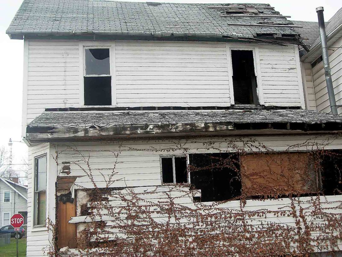 The house at 1100 Swann St. is shown before it was torn down Monday. (Photo Provided by Gary Moss)