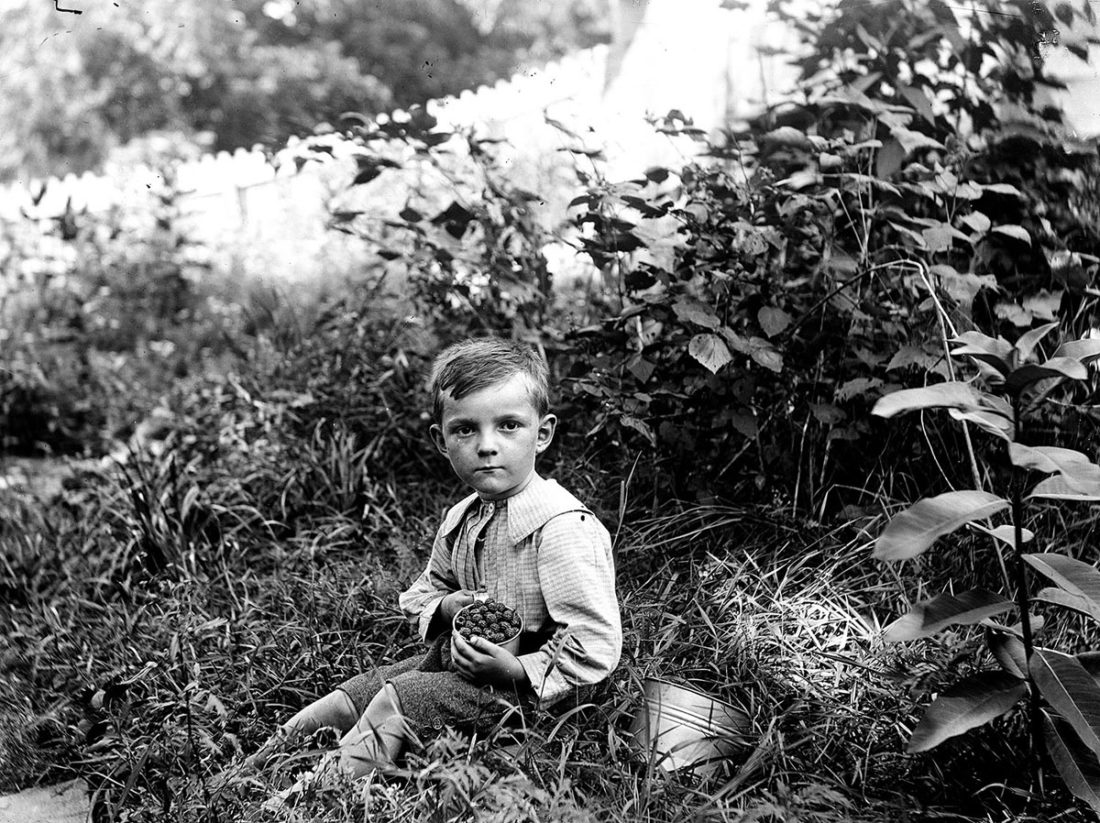 Photo Provided One of the photos included in the Early Appalachian Photography Exhibit reproduced from a glass negative from the Gainer family collection.