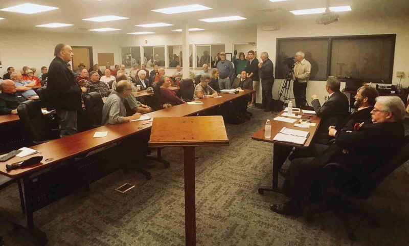More than 100 Washington County residents gather in a special meeting of the Washington County commissioners to air their concerns over Ohio EPA orders to sewer Devola Monday at the county's Emergency Operations Center. (Photo by Janelle Patterson)
