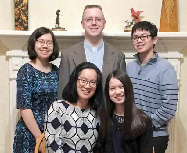 Photo Provided From left, Mary and Aaron Stinnett and their children Noah, Hannah and Lydia. Aaron Sinnett will be installed as the new pastor at St. Paul Lutheran Church on March 4.