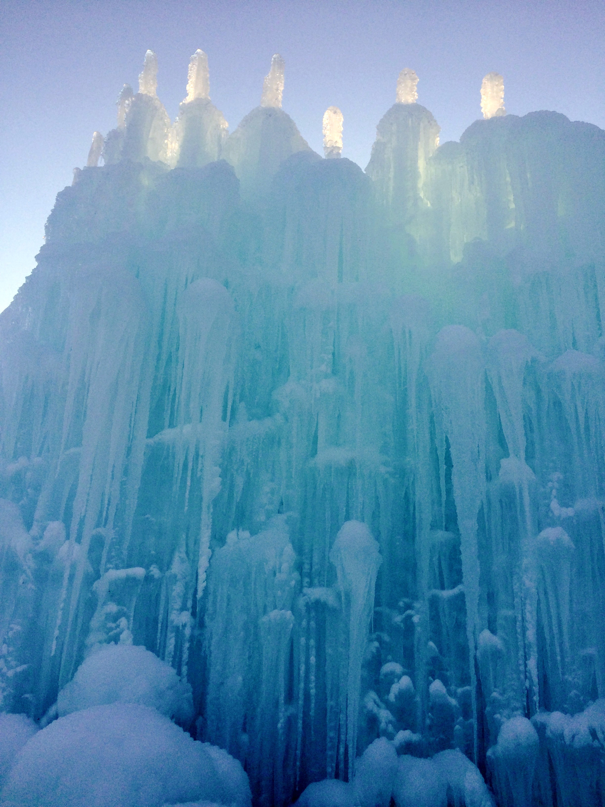 Explore Dazzling Depths At The Frozen Esq Ice Castles In