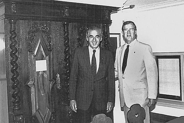 Photo courtesy of Carl Wyczawski  Ernst Ludwig, then-mayor of Ulm, Germany, and Carl Wyczawski, then-mayor of New Ulm, are pictured in this undated photo.