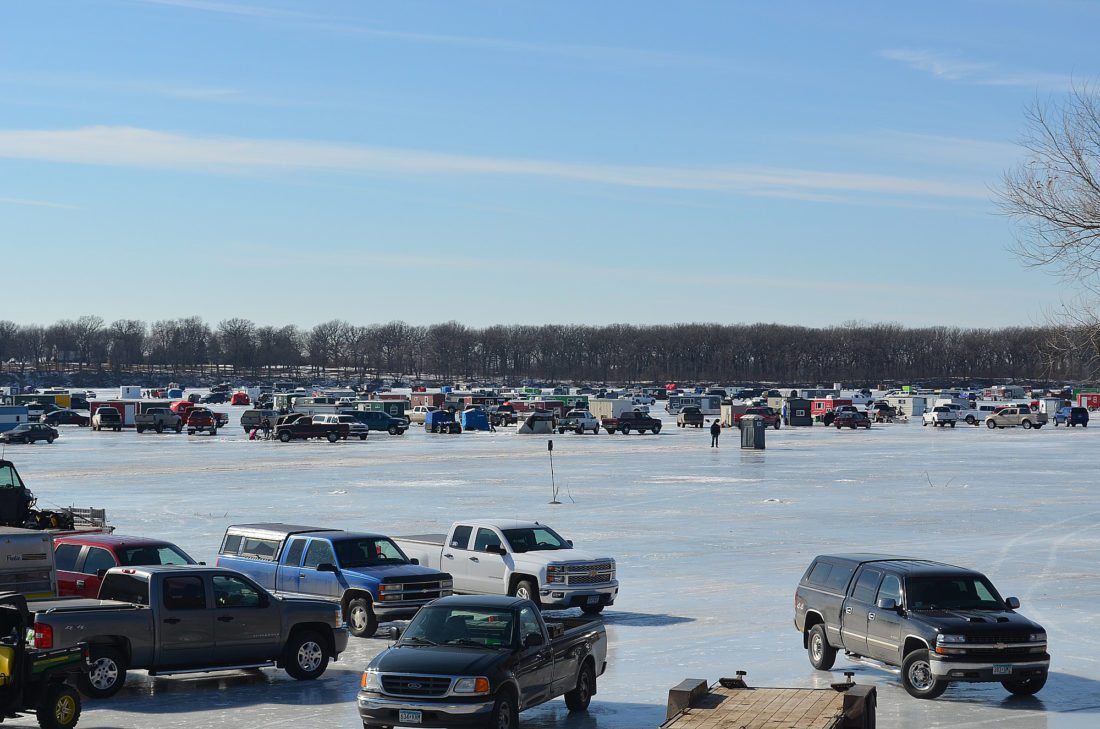 Staff photo by Connor Cummiskey Hundreds of ice fishermen gathered on Lake Hanska last Sunday for the annual ice fishing competition.