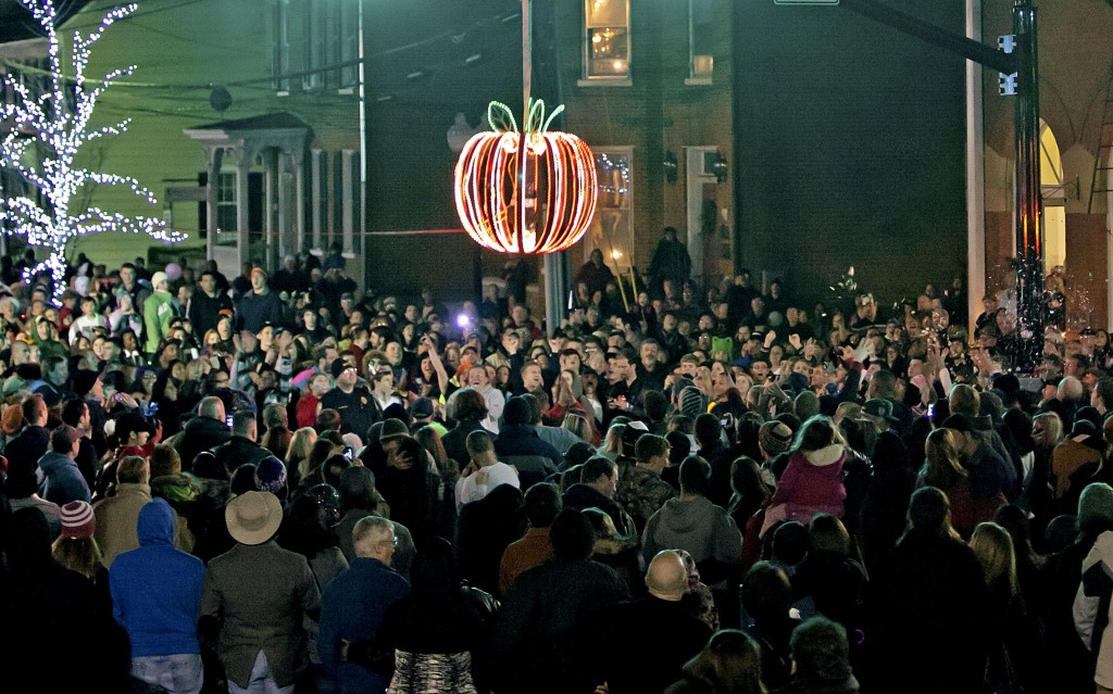 Crowds gather in Winchester for the annual Apple Drop that ushers in the New Year. Photo courtesy of First Night Winchester.