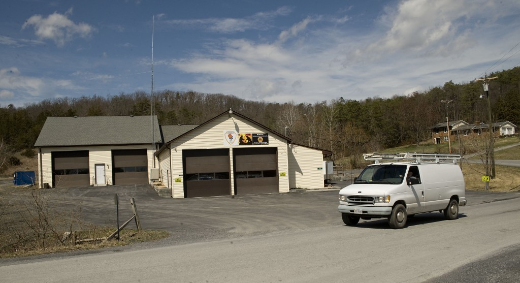 A van drives past the Fortsmouth Volunteer Fire Department , which is located off Lower Valley Road near the Warren and Shenandoah County line.  Warren County wants to close the Fortsmouth and Rivermont fire stations and build a new station.   Rich Cooley/Daily