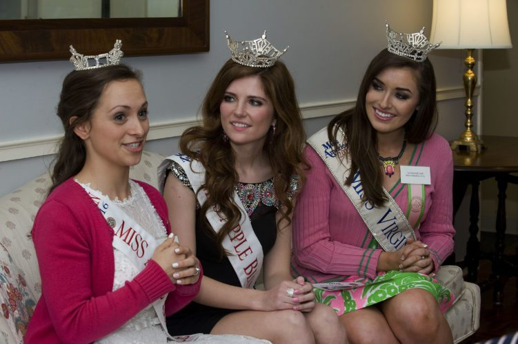 From left, Miss Apple Blossom Outstanding Teen Trilby Brown, Miss Apple Blossom 2016 Cameron Smith and Miss Virginia 2015 Savannah Lane talk about their Apple Blossom experiences.   Rich Cooley/Daily