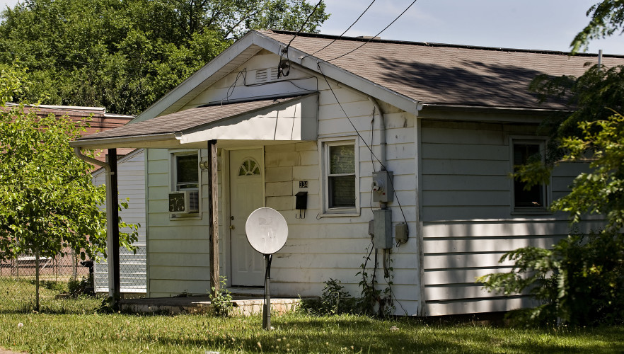 This is 334 Pine St., Front Royal, where a shooting occurred late Saturday night. Rich Cooley/Daily
