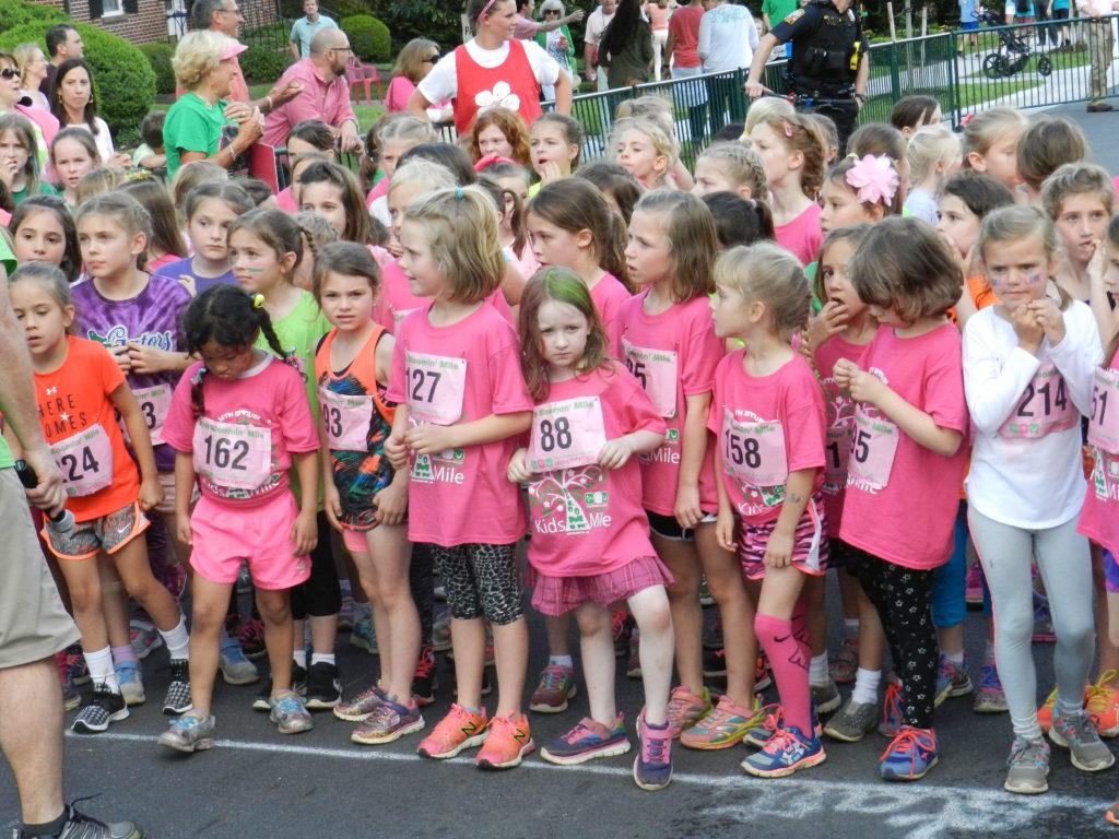seven mile girls 7 news sydney 13m likes mark ferguson, michael usher, mel mclaughlin, jim wilson & meteorologist david brown - nightly at 6pm.