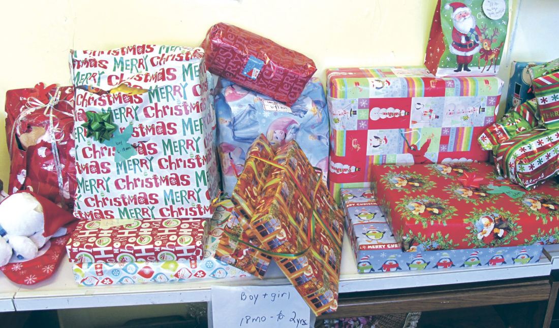 Holiday giving | News, Sports, Jobs - Observer Today