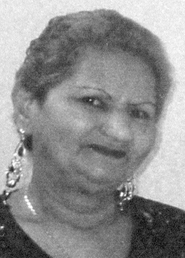 Carmen L. Robles