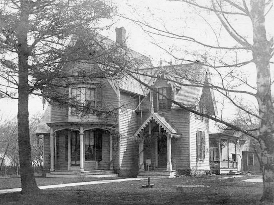 This image from the Barker Museum shows the earlier Gothic style of the home and its twin, as they both appeared during the 19th century.