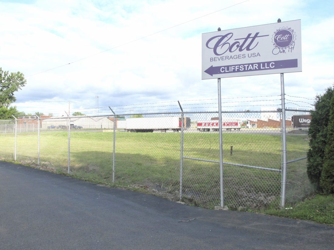 Shareholders of Refresco gave approval to the $1.25 billion Cott purchase, which includes the Dunkirk site.