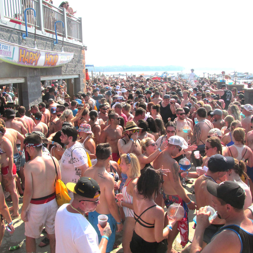 Beach bash mtv star attracts a crowd news sports jobs