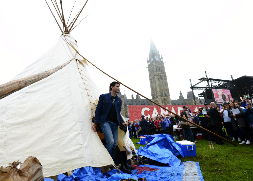 Canada PM meets aboriginal protesters ahead of Canada Day