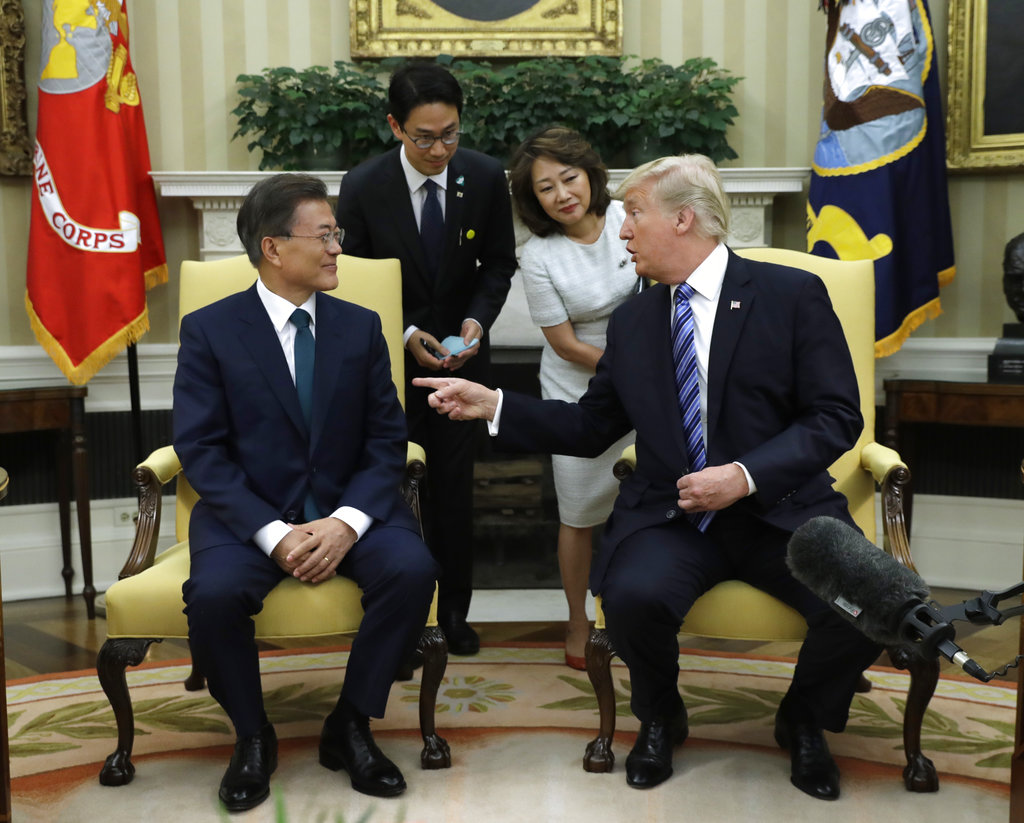 Trump ups trade tensions with SKorea in welcoming new leader