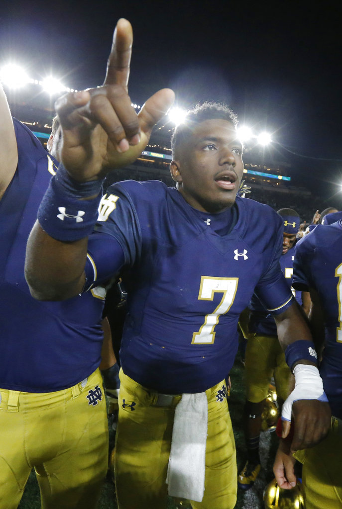 No. 21 Notre Dame reveals foot injury to QB Wimbush