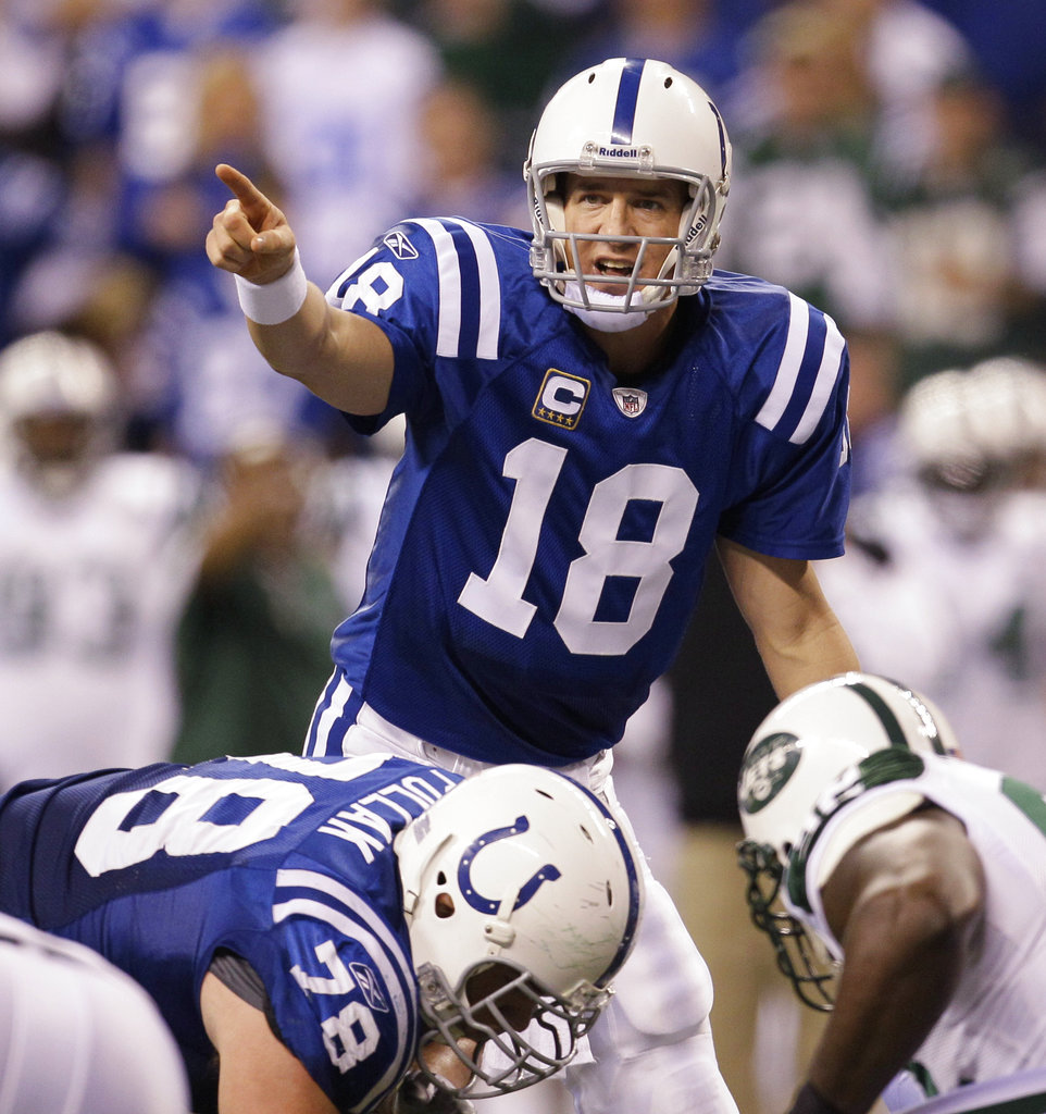 Colts, 49ers hope to put on good show for Manning's party