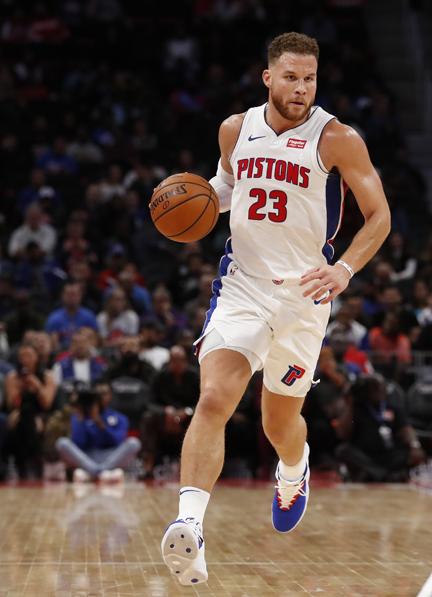 Blake Griffin scores 50 points in Detroit Pistons' 133-132 overtimewin over Philadelphia 76ers