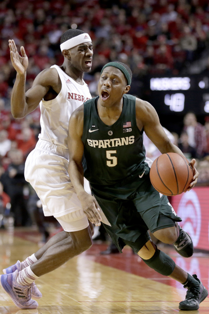 Cassius Winston's career-high 29 points propels Michigan State Spartans men's basketball team to victory at Nebraska