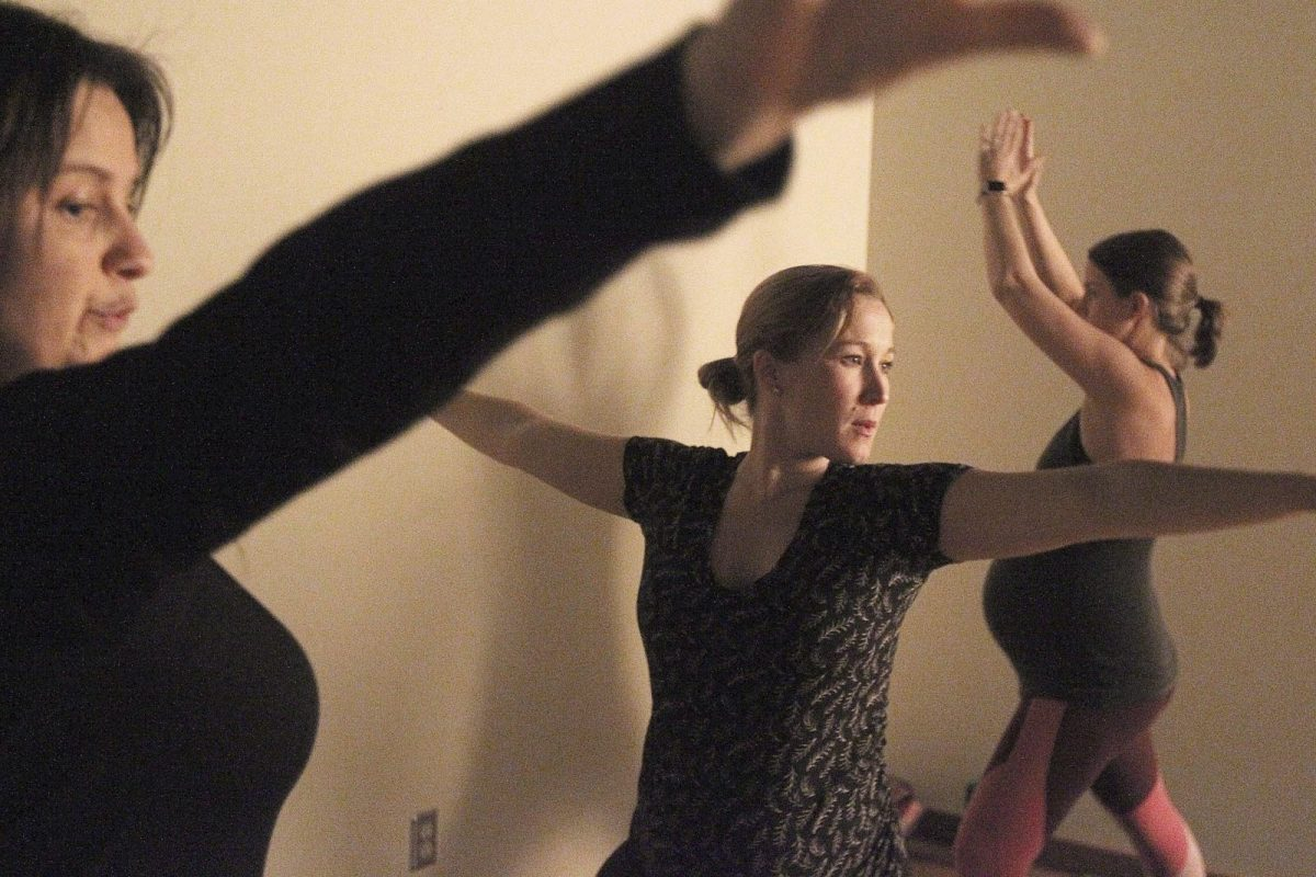 Pregnant women in Michigan use yoga to relax