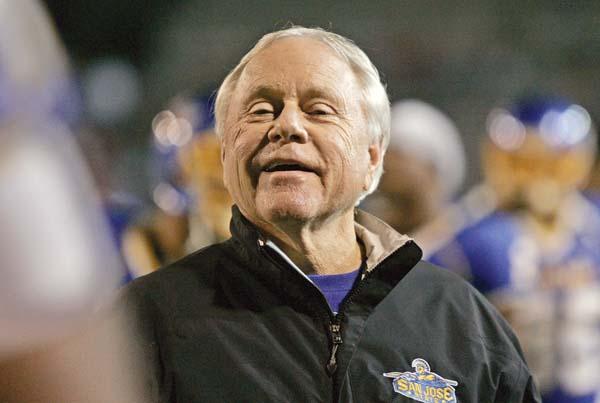 Former UH footballcoach Tomey dies at 80