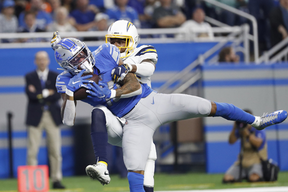 Detroit Lions overcome mistakes for 'W' over Los Angeles Chargers, 13-10