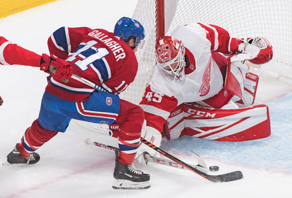 Detroit Red Wings continue early winning ways with 4-2 victory at Montreal