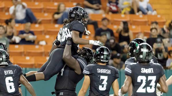 UH takes on Army team seeking third straight win