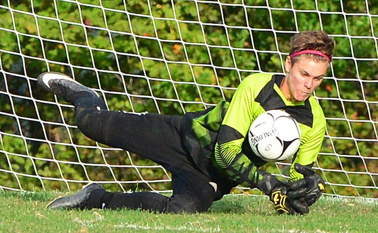 Maple Grove keeper Sam Cummings makes a save. P-J photo by Scott Reagle