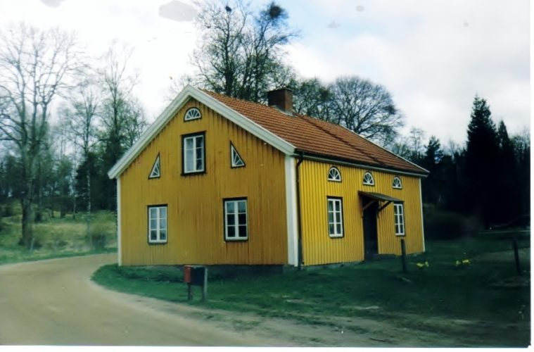 The Hendrickson farm Backanas, in Jonkoping, Smaland, Sweden. Photo credits by Gosta Hedstrom, family archives and Sandy Robison