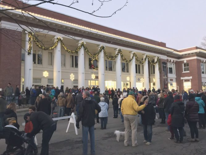 Visitors gathered around the Colonnade building at Chautauqua Institution on Friday. P-J photo by Katrina Fuller