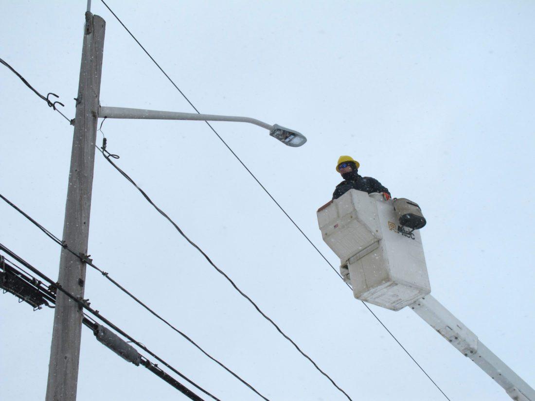 project lights en street led road streetlight victoria residents hps maintenance streetlights replacement main lighting streets