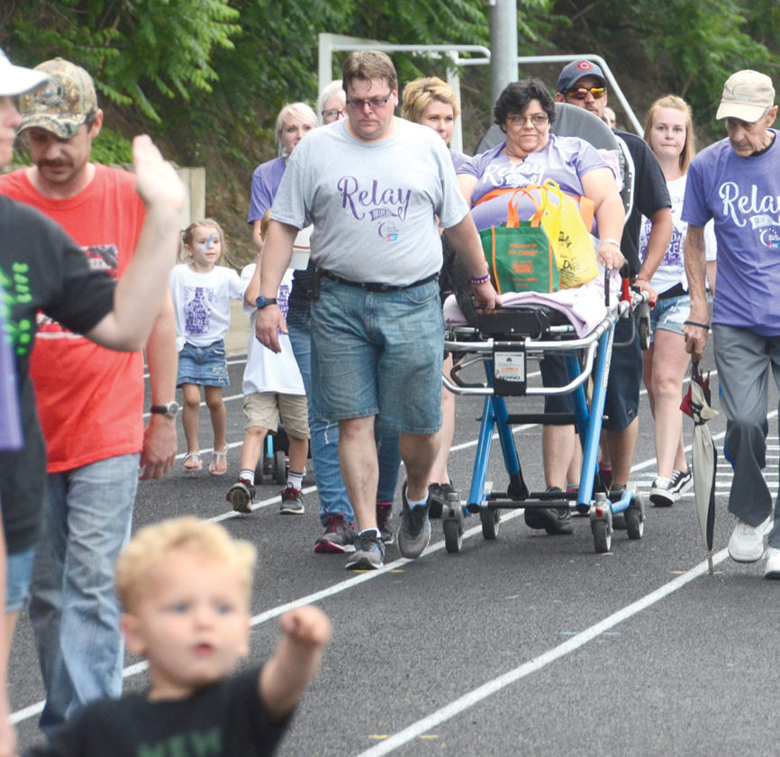 Hundreds participate in Relay for Life of Aquidneck Island