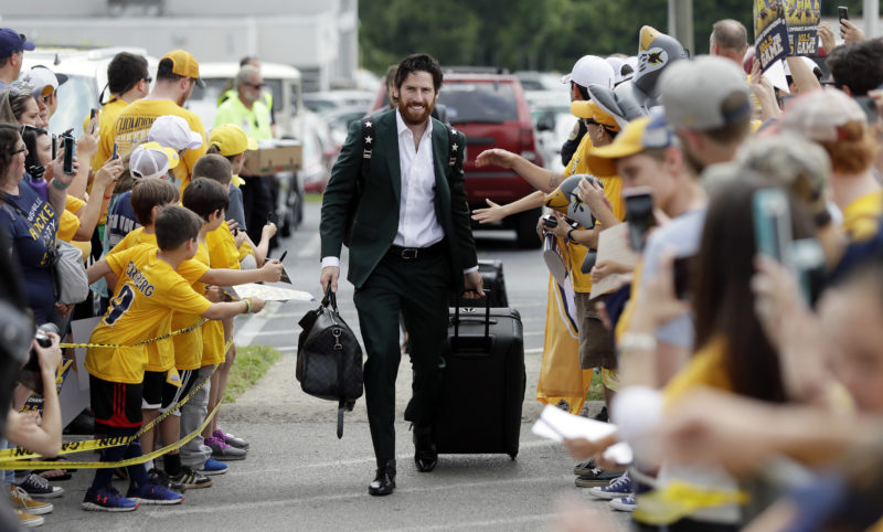 Nashville Predators right wing James Neal is greeted by fans as players arrive at the airport on Saturday in Nashville, Tenn., for their flight to Pittsburgh for the Stanley Cup Finals. The Predators face the Pittsburgh Penguins in Game 1 tonight. (AP)