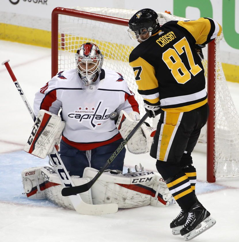 Ovechkin's late goal lifts Capitals past Penguins in Game 3
