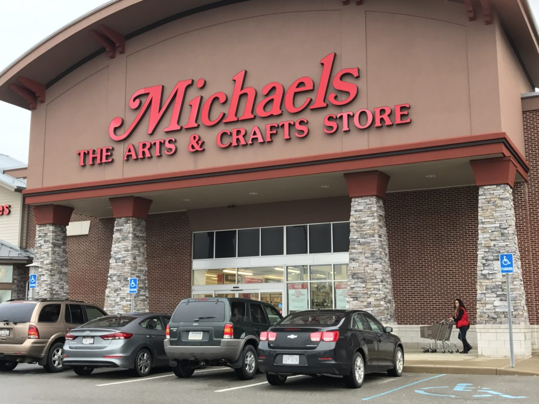 Michaels craft store is leaving the highlands in ohio for Michael craft store hours