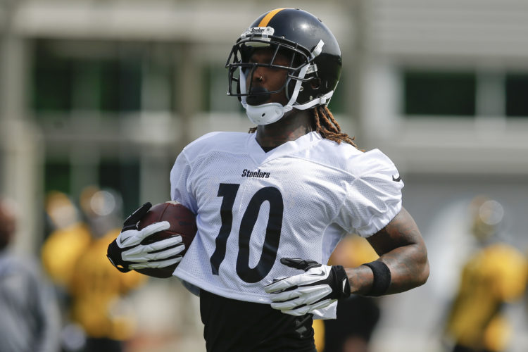 Pittsburgh Steelers wide receiver Martavis Bryant (10) during an NFL football practice, Tuesday, May 23, 2017, in Pittsburgh. (AP Photo/Keith Srakocic)