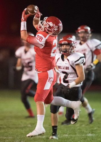 Photo by Paul Krajnyak Union Local's Zane Thompson hauls in a pass during Friday's game against Bellaire.