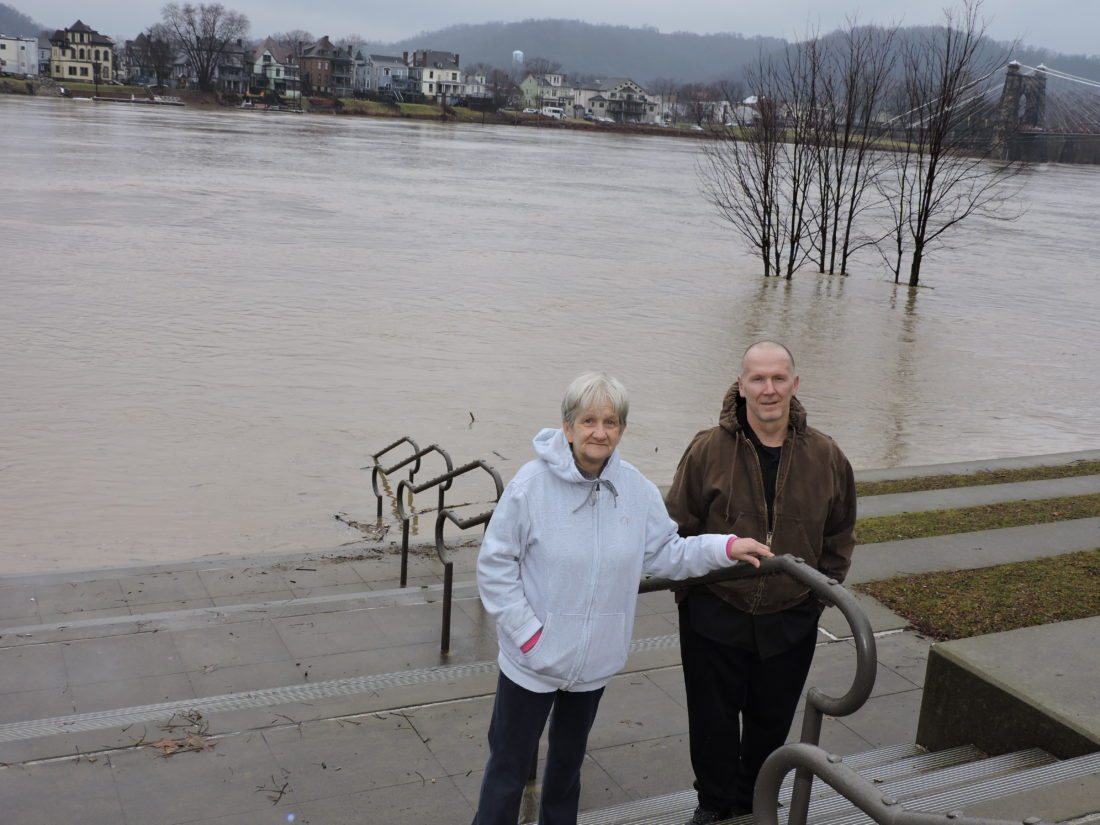 Ohio River likely to stay above flood stage for days — TIMELINE