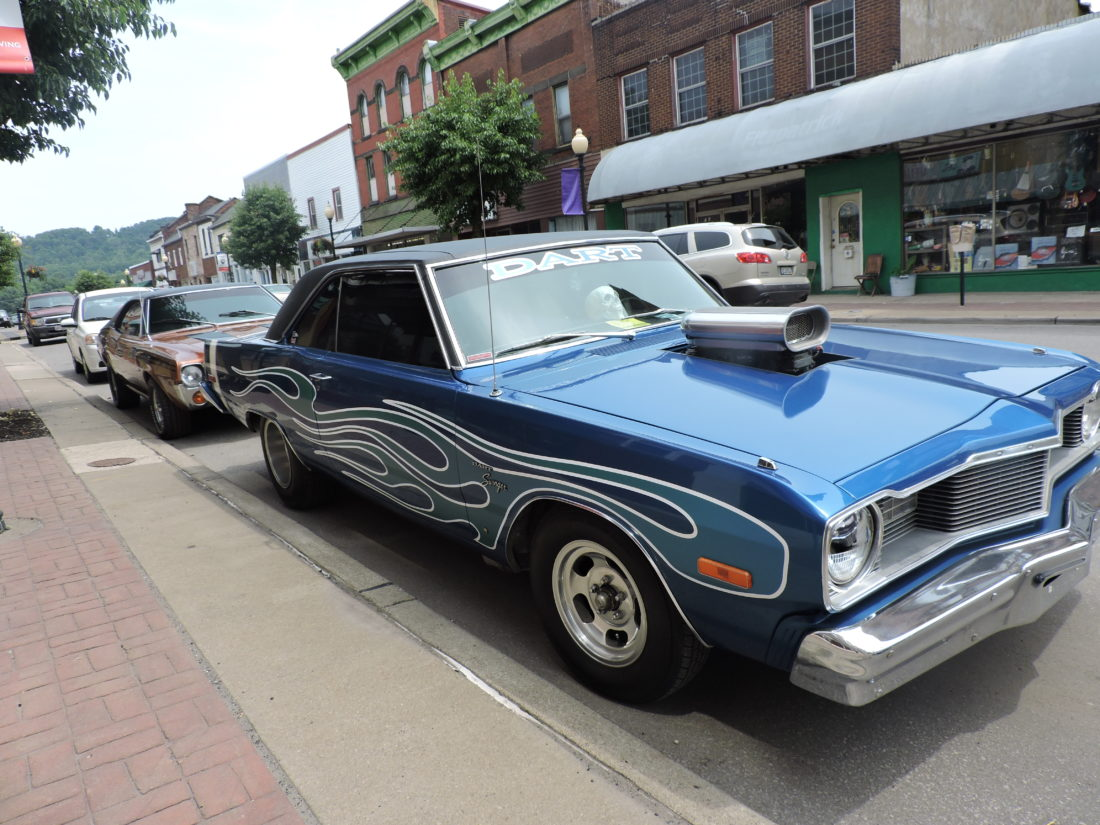 Car Show Draws A Crowd News Sports Jobs The Intelligencer - Jefferson car show