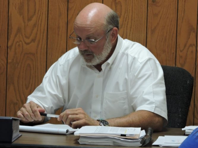 T-L Photo/DYLAN McKENZIE  CADIZ VILLAGE Administrator Charley Bowman speaks to council members on Thursday.