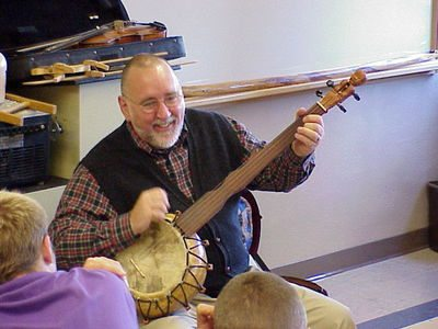 Folk artist Russ Childers shares Appalachian musical  culture and storytelling with students.       Photo Provided