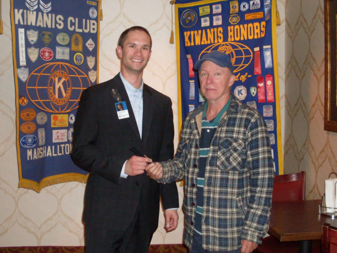 CONTRIBUTED PHOTO Kiwanis P.M. President-elect Greg Baker welcomes UnityPoint Health-Marshalltown President Dustin Wright as the speaker for the evening.