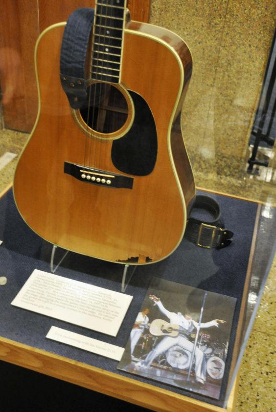 Elvis Guitar