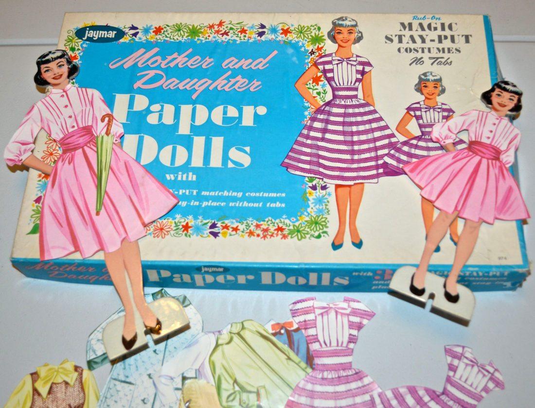 paper dolls web