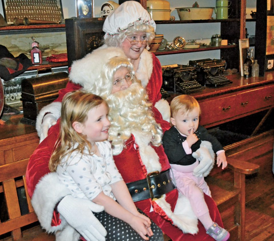 T-R FILE PHOTO Santa and Mrs. Claus will again be on hand for State Center's yearly Old-Fashioned Christmas on Main Street, held today. Most activities start at 5 p.m.