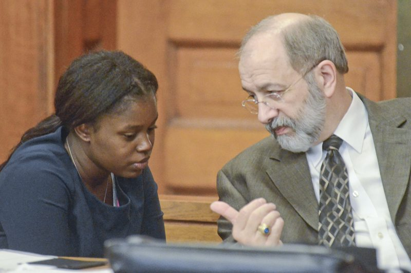 110216...R DAVIS TRIAL 2...Warren...11-02-16... Carlisa Davis, left, confers with her attorney Michael Scala during her trial Wed. afternoon...by R. Michael Semple