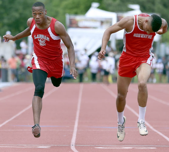 MICHAEL G. TAYLOR- 06-03-17 OHSAA State Track & Field Championships. D2 Boys 200m, Labrae's Tariq Drake lunges to finish 3rd.