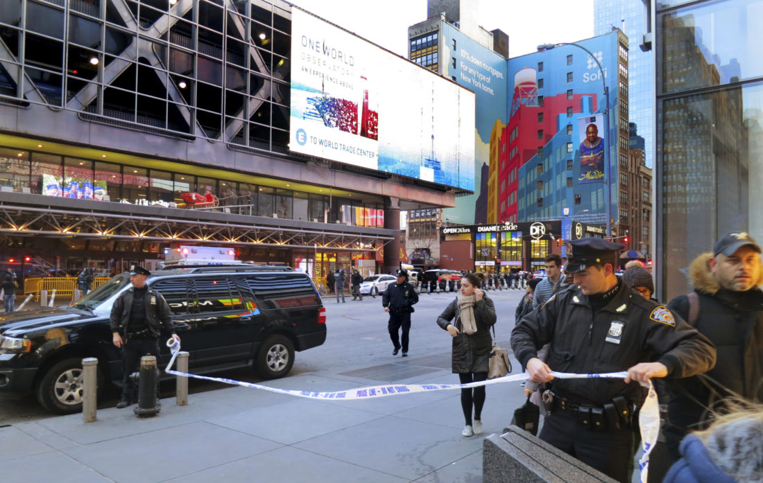 Explosion in Manhattan, New York; police investigating
